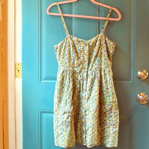 Forever 21 Dresses & Skirts - Floral Button Down Dress